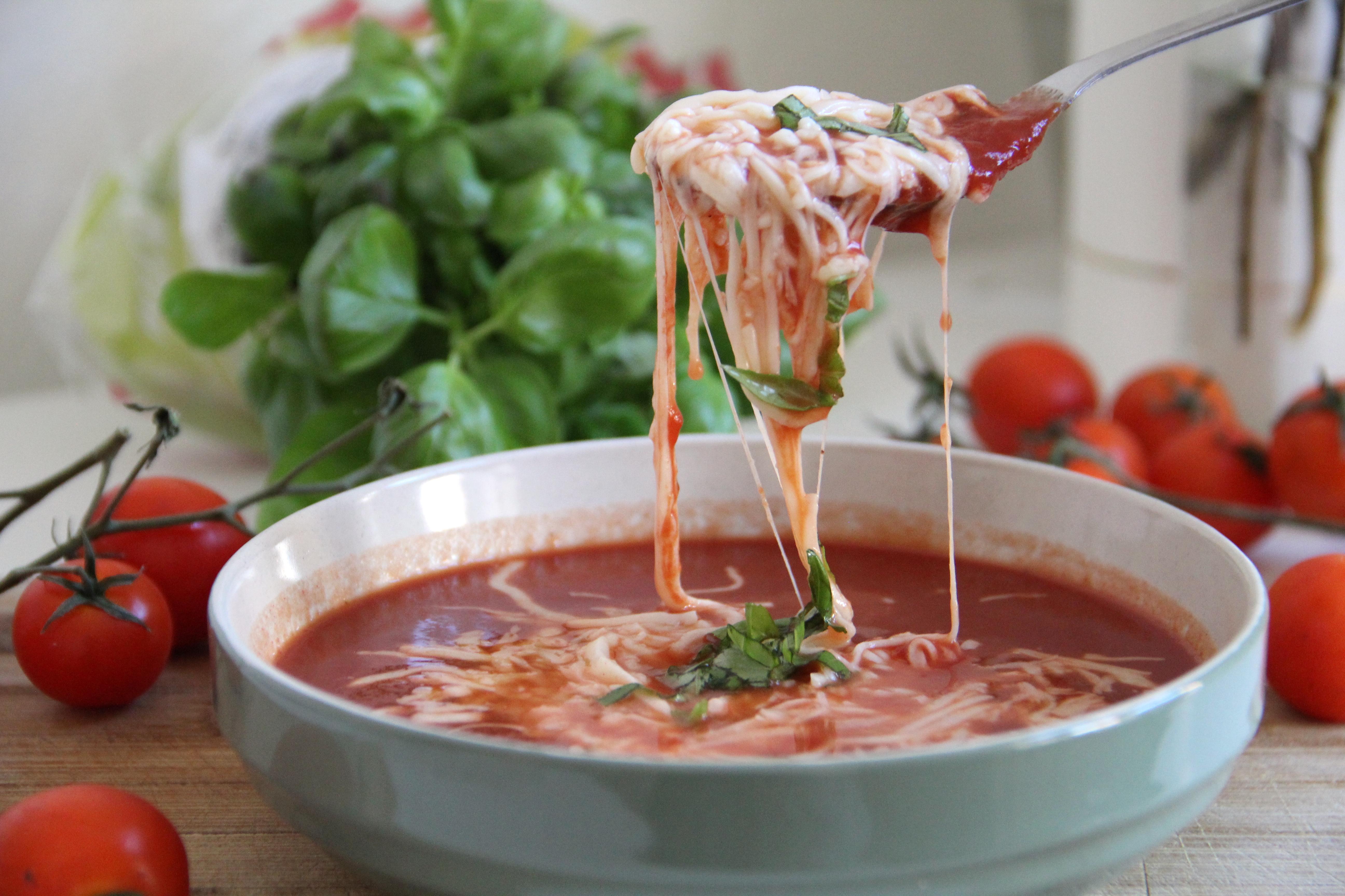 Jednoduchá paradajková polievka