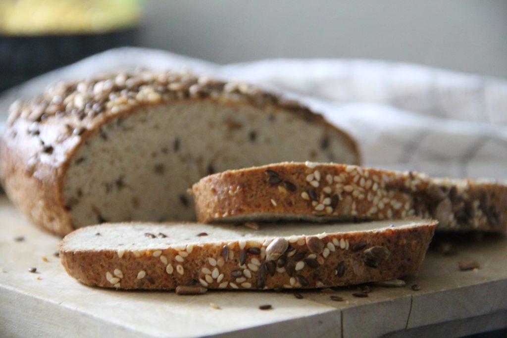 nízkosacharidový obložený chlebíček