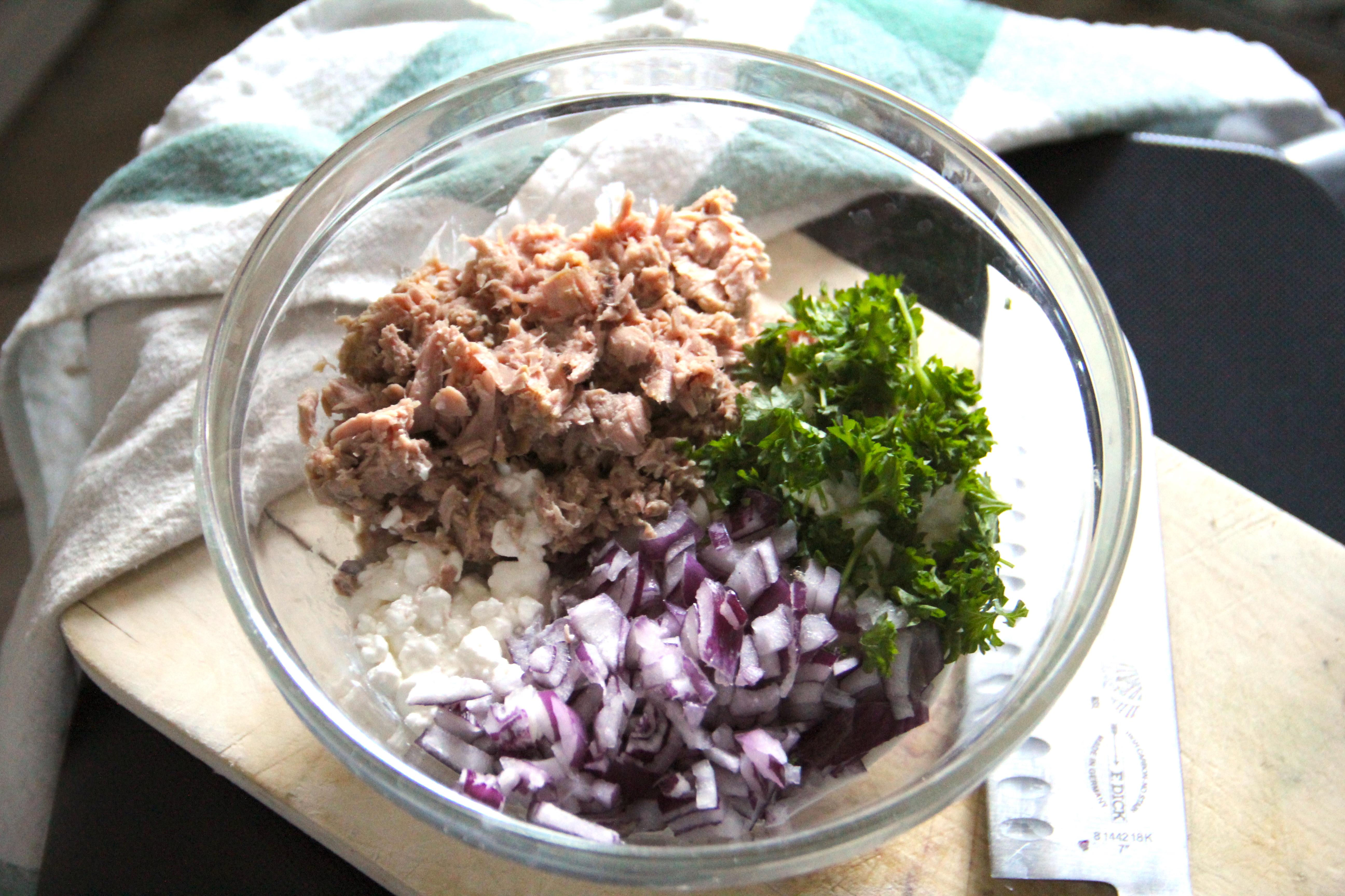 tuniakový šalát