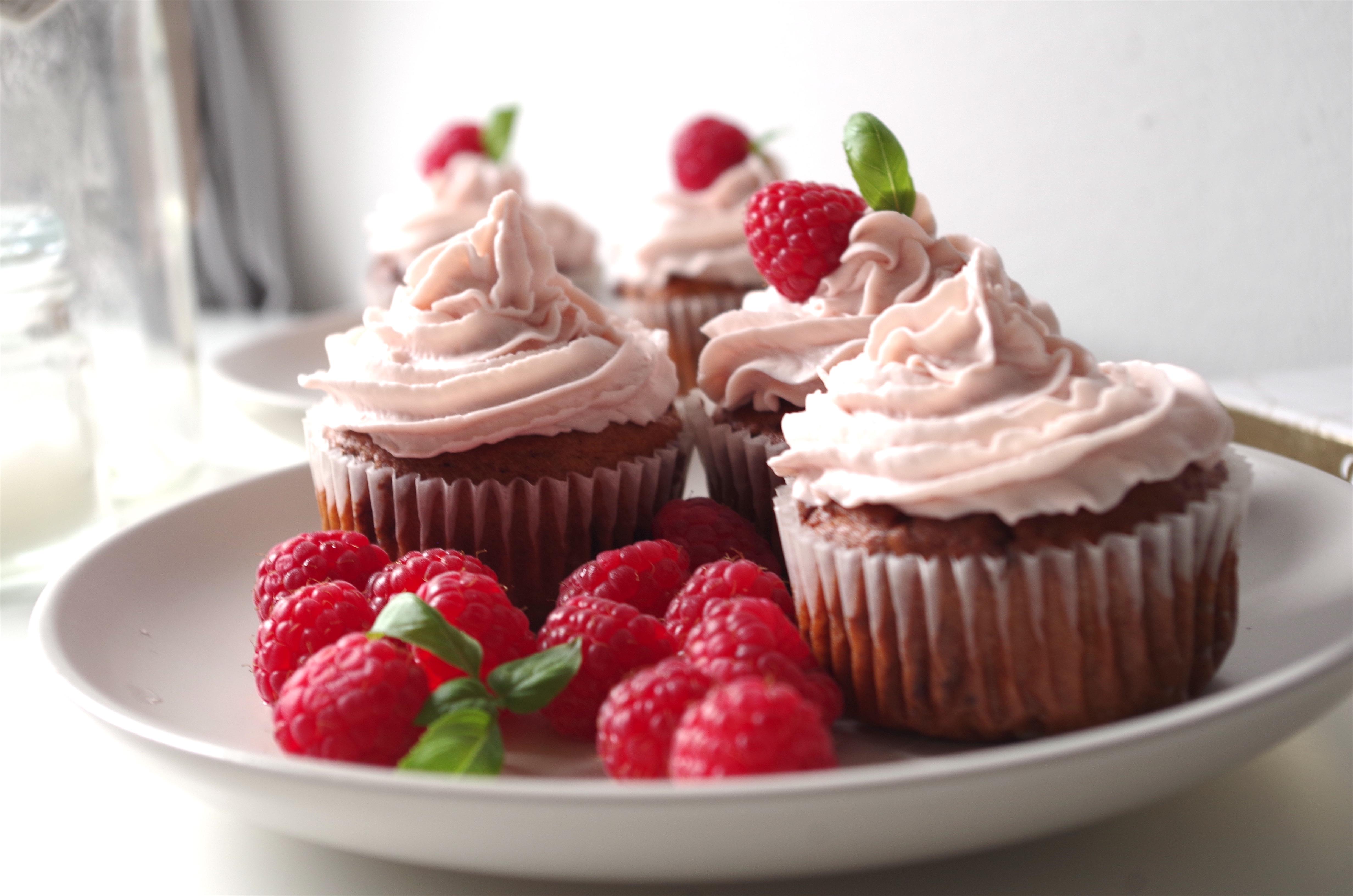 Jemné malinové cupcakes bez cukru